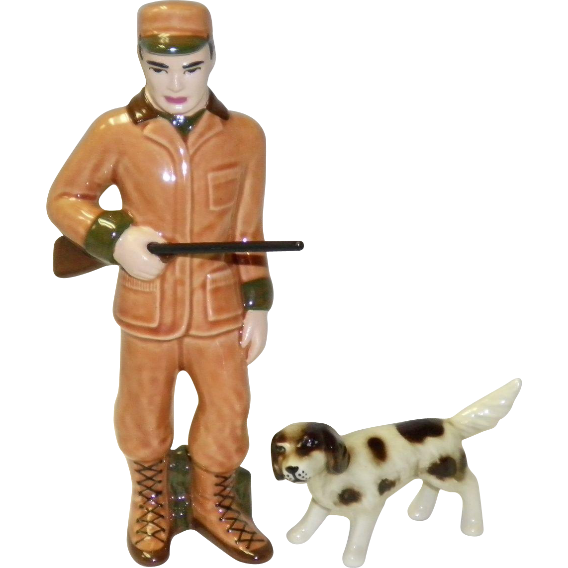 "Ceramic Art Studio Figurines ""Hunter"" Al & Kirby"