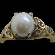 14k Pearl & diamond ring