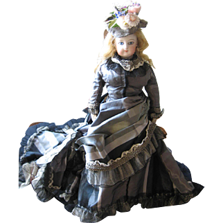 "Antique French Fashion doll 12"""