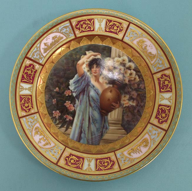 Rudolstadt Chrysanthemum portrait plate