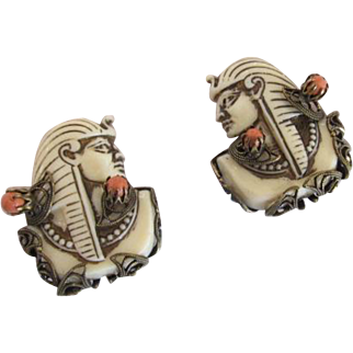 Selro Pharaoh Earrings Cream and Orange Colored in Brass