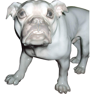 Very Rare Early B & G Bing & Grondahl Bulldog Dog Figurine #1605