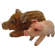 Two Steiff Piglets -  A Tiny Pink Velvet Jolanthe And A Medium Mohair Wild Boar - Red Tag Sale Item