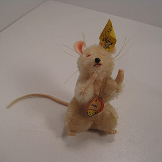 Steiff's Albino Pieps Mouse With All IDs