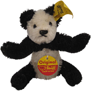 Steiff's Tiny Mohair Panda For FAO Schwarz With All IDs - Red Tag Sale Item