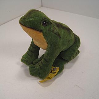 Steiff's Smaller Velvet Froggy Frog With IDs