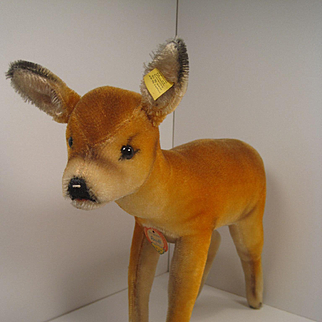 Steiff's Adorable and Very Lifelike Mohair Deer With All IDs
