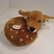 Steiff's Curled Up Reike Soft Plush Deer With All IDs