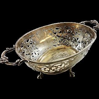 Large intricate English sterling silver basket c. 1901