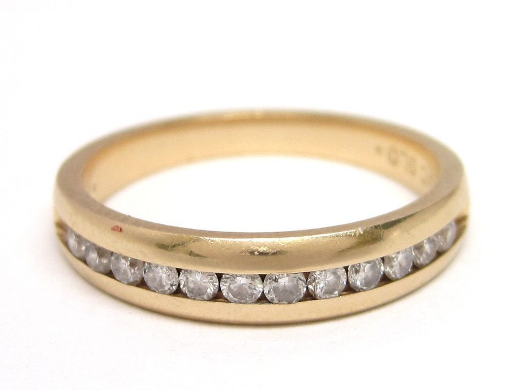 Diamond 14K Gold Wedding or Anniversary Band Ring