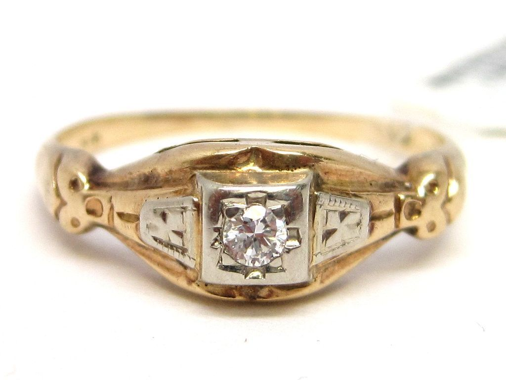 Art Deco Diamond 14K Gold Engagement Ring