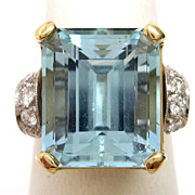 Vintage 1950s Platinum & 14K Gold Aquamarine Ring