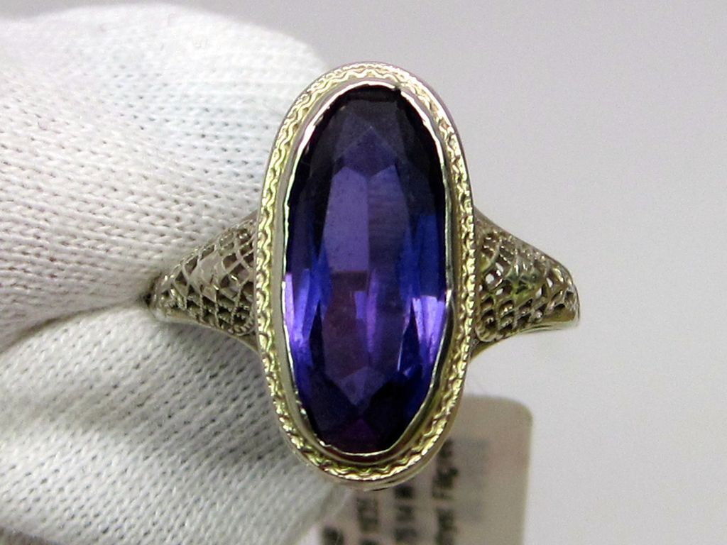 Filigree Amethyst Ring circa 1925 14K white gold