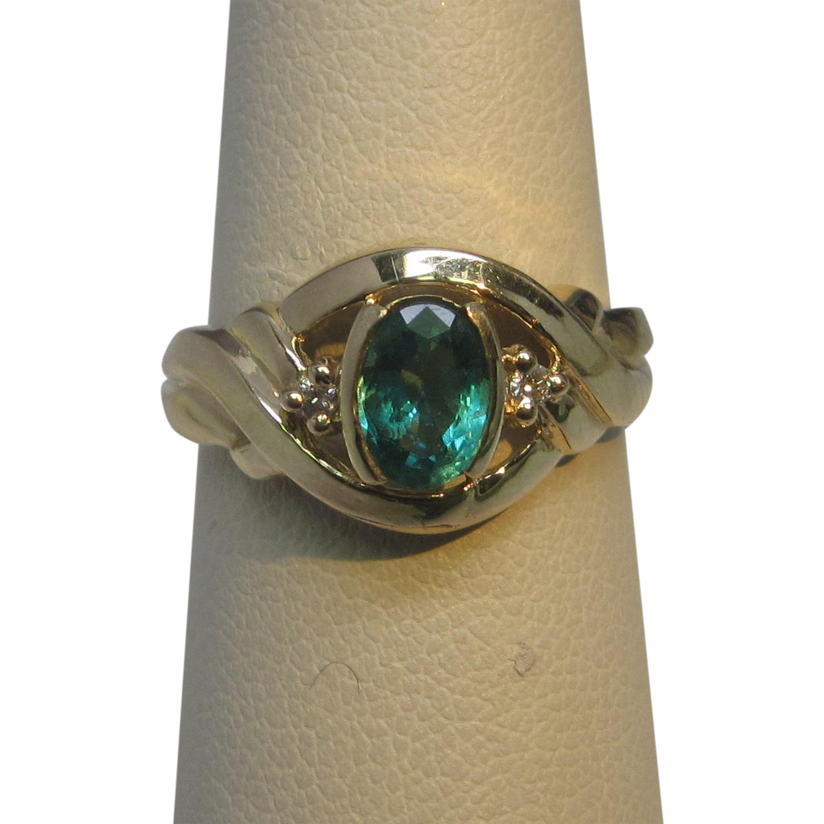 Estate Emerald & Diamond 14K Yellow Gold Ring