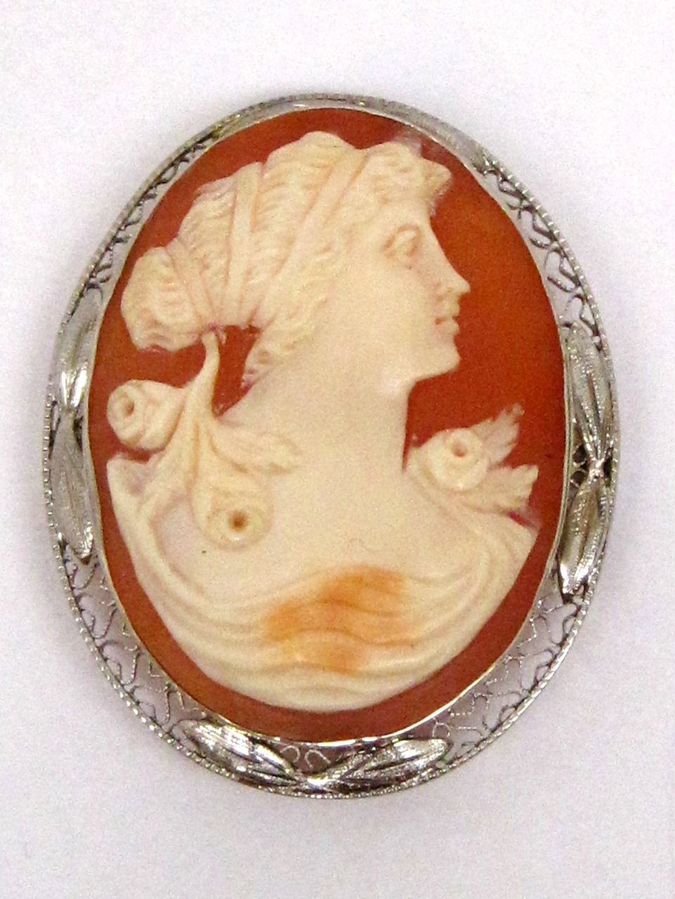 Vintage 14K Filigree Gold Shell Cameo Pin Pendant Brooch