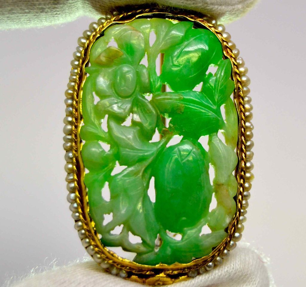 Deco Carved Jade Pin with Natural Pearl Border, 1925