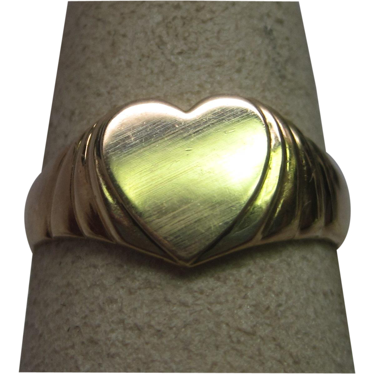 Child's Art Deco Heart Signet Ring in 14K Rose Gold