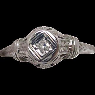 Art Deco 18 Karat White Gold Diamond Filigree Engagement Ring