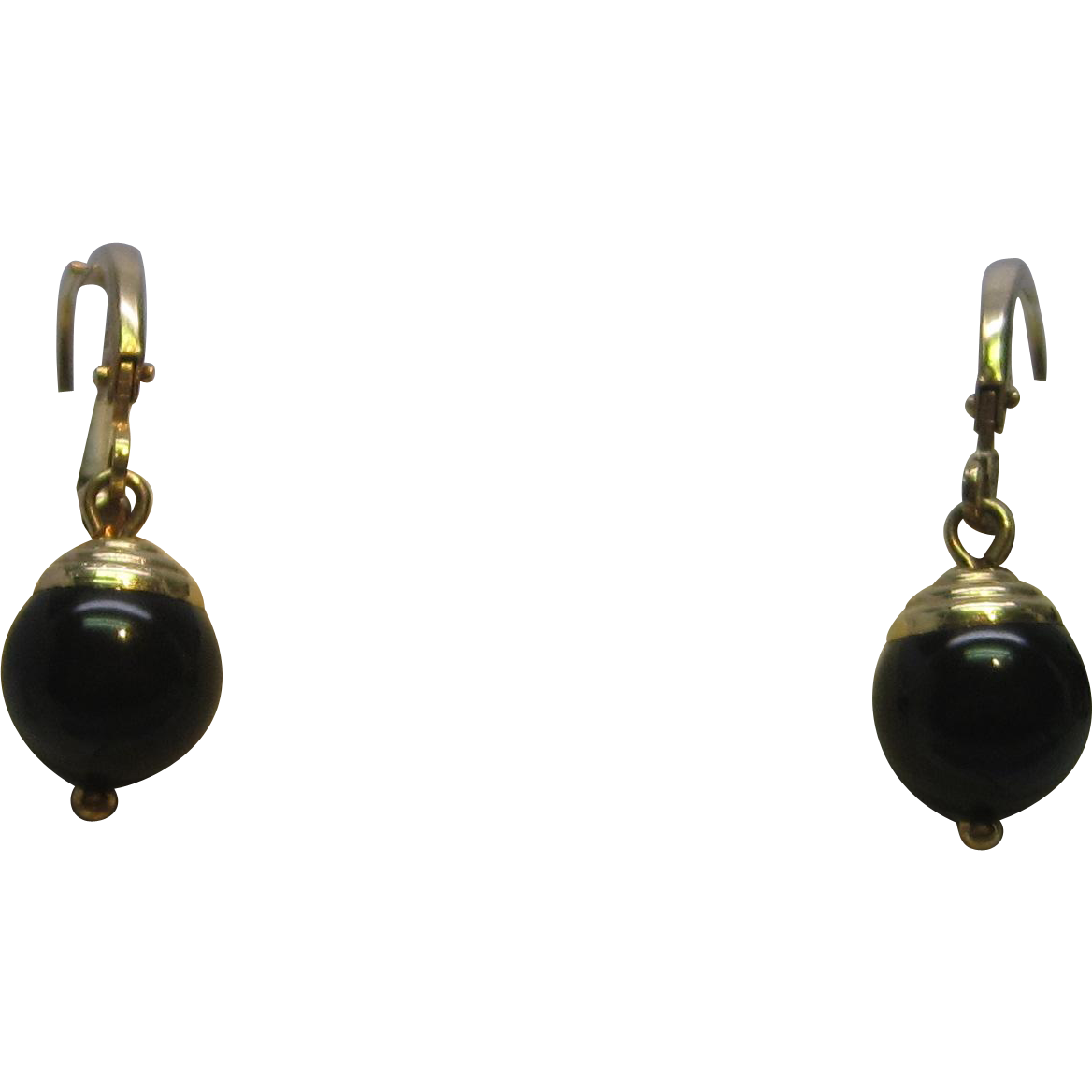Onyx Dangle Earrings in 14K Yellow Gold