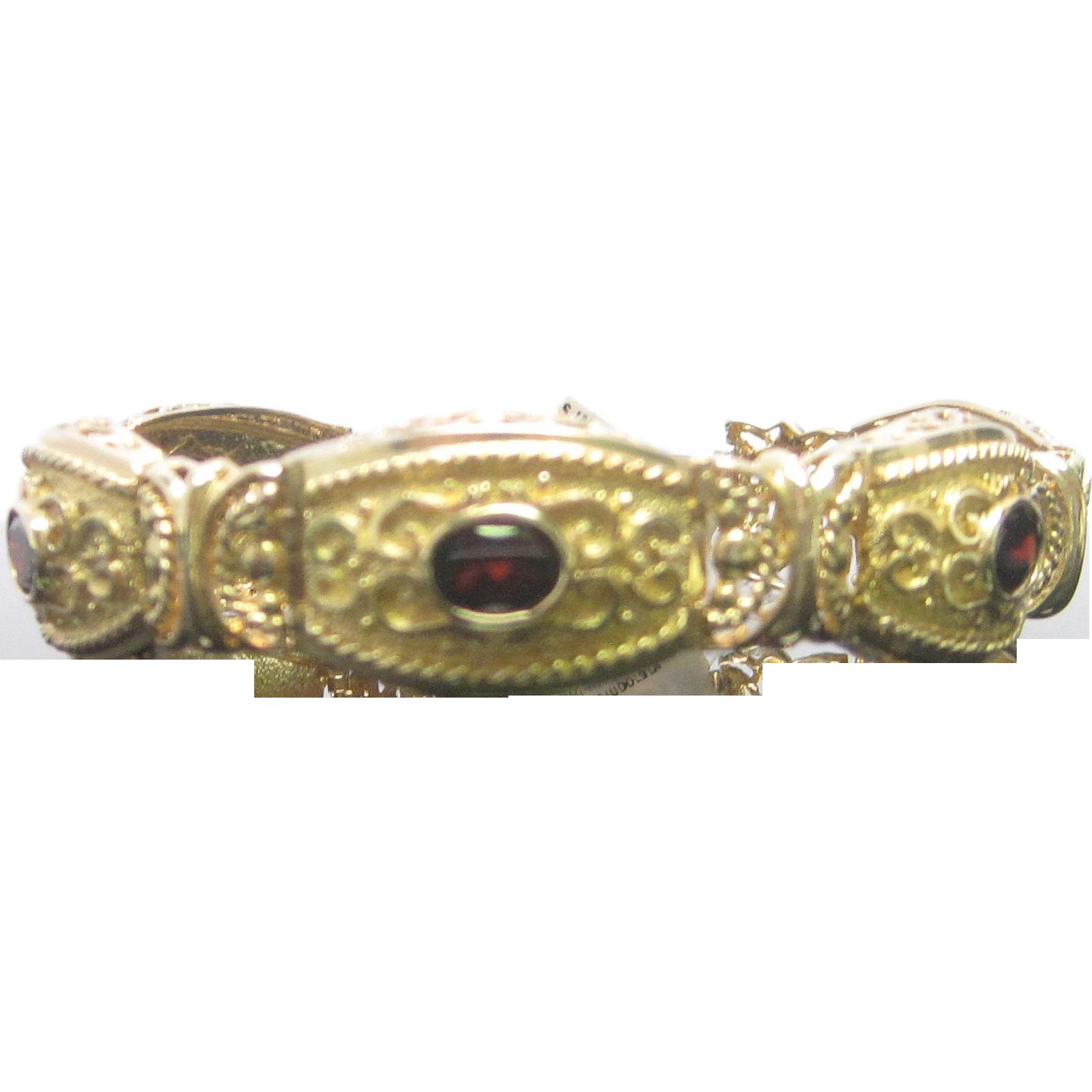 Estate 14K Yellow Gold Garnet Bracelet
