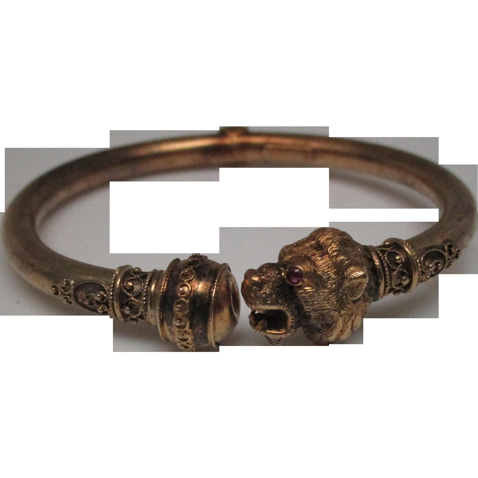 Victorian Ruby 14 Karat Gold Bangle Bracelet