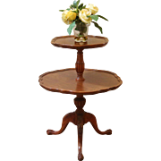 Vintage 'Mersman' Mahogany 2 Tier Pie Crust Edge Dumb Waiter End Table.
