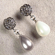 Venus At A Mirror Earrings Black & White Shell Pearls Silver Posts