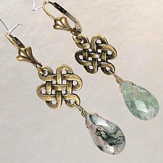 Cliodna Of The Waves Earrings Green Moss Agate Briolettes Celtic Medieval Goddess