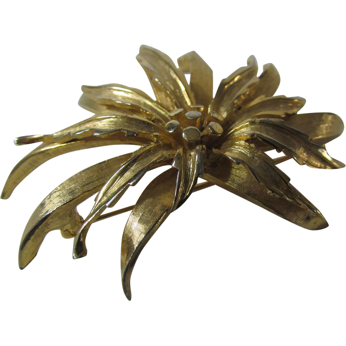 Boucher Black Flower Rose Pin Brooch Signed Numbered: Vintage Boucher Signed And Numbered Goldtone Flower Pin