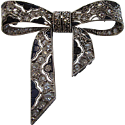 14 Karat White Gold Deco Diamond and Inlay Lapis Lazuli Bow Pin