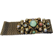 Vintage Goldentone Mesh Bracelet With Fabulous Cabochon Decorated Closure