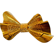 Vintage 1940's Bow Pin In Golden Textured Brass