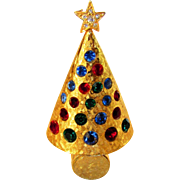 Hattie Carnegie Christmas Tree Pin In Goldtone Signed and Patented