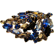 Vintage Juliana Mid Century Pin in Blue and Mixed Shades of Blue Crystals