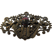 Vintage Antique C-Clasp Pin With Agate Center
