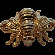 Vintage Joan Rivers Goldtone Bee Pin