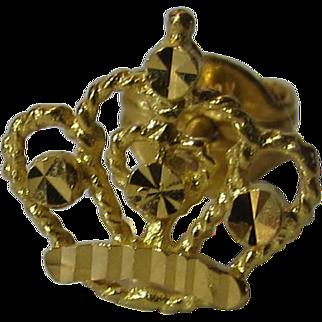 21 Karat Yellow Gold Crown Design Stud Earrings