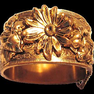 Vintage Chunky Bangle Bracelet Gold Tone with Flowers