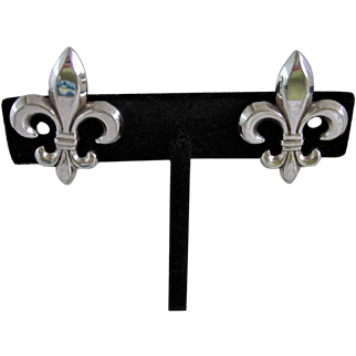 Vintage Fleur-De-Lis Sterling Earrings with Screw Backs