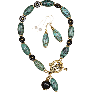 African Turquoise Jasper and Black  Onyx Bracelet and Earrings Set