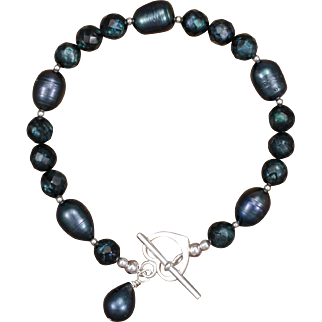Midnight Blues Freshwater Pearl Bracelet