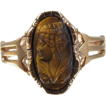 Rose gold Victorian tiger eye quartz cameo ring