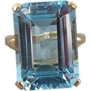 Massive vintage estate 14k gold 18 carat blue topaz dinner cocktail ring