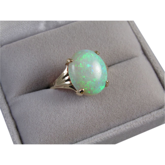 Colorful vintage Art Deco 14k gold 4.32 carat opal cocktail dinner ring