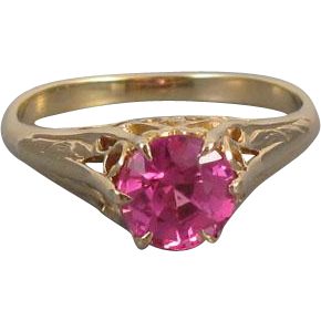 Gorgeous antique Edwardian 10k gold lab created synthetic pink sapphire corundum filigree solitaire ring, size 8