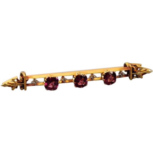 Glorious antique mid Victorian 18k gold 1.92 carats rhodolite garnet bar brooch pin
