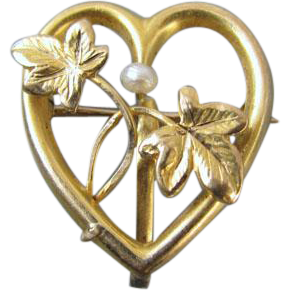 Antique Edwardian 10k gold heart ivy vines seed pearl brooch pin