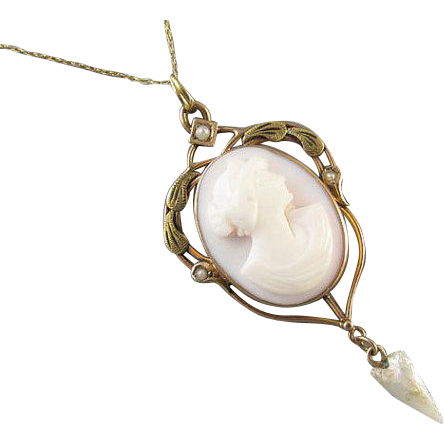 Antique Art Nouveau pink shell cameo 10k gold pearl lavalier pendant necklace larger size