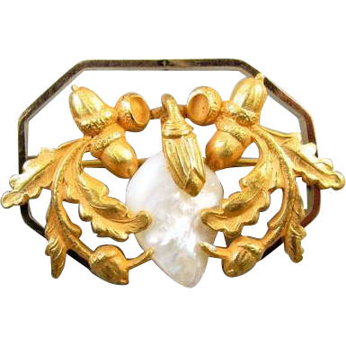 Antique Victorian Art Nouveau gold filled octagonal freshwater pearl oak leaves and acorns brooch pin j326