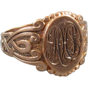Mans 1917 engraved antique Edwardian Gothic Revival 10k rose gold signet ring, size 10.5